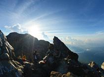 アグン山 山頂の景色