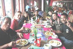 キンタマーニで昼食
