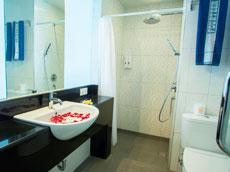 モダンデラックス バスルーム
