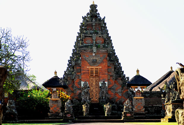 バトゥアン寺院