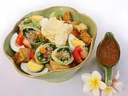 ガドガド(バリ風温野菜サラダ)