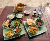 Balinese Rijsttafel(バリ宮廷料理)
