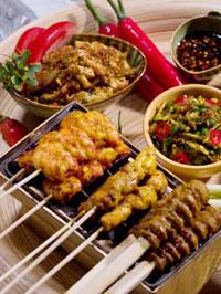 サテ料理はバリ料理の代表的な一品