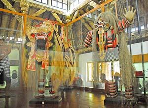 バリ博物館4