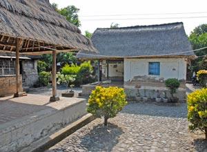 バトゥアン村民家3