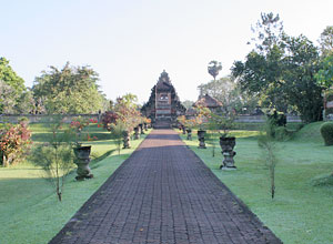 タマンアユン寺院2