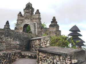ウルワトゥ寺院2