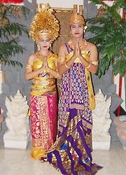 バリ島スパ バリラトゥ 婚礼衣装