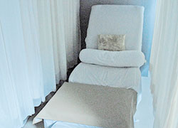フットマッサージ用ベッド
