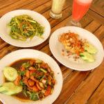 ワルンポジョッ(インドネシア料理)