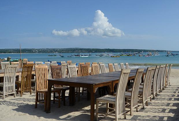 ワリ ビーチ カフェ