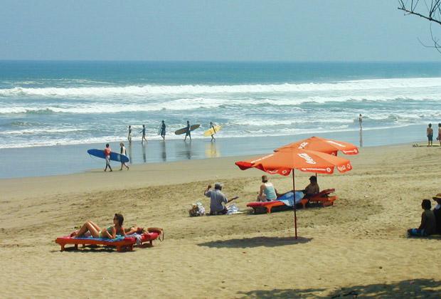 レギャンビーチ(乾季)