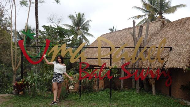 2018年7月28日 テガラランでUma Pakel Bali Swingを体験してきました。 ライステラスで有名なテガララン。風光明媚な観光名所として、多くのお客様が訪れるバリ島でも有数な名所のひとつとな...
