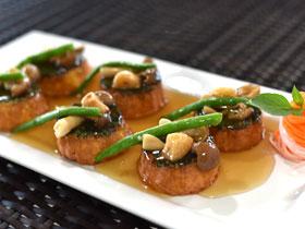 豆腐とほうれん草の料理